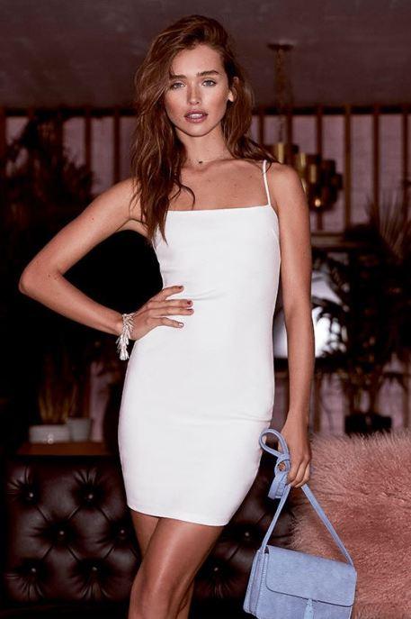 White bodycon dresses are perfect sexy club dresses!