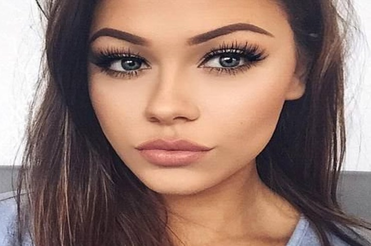 There are a lot of benefits to plucking your own eyebrows, but you may be doing it all wrong. These are 10 common mistakes people make when they pluck!