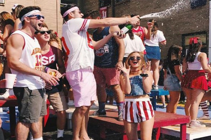 From tailgates to campus, there's so much to look forward to at Indiana University. Here are 15 pictures that will make you wish you were at IU!
