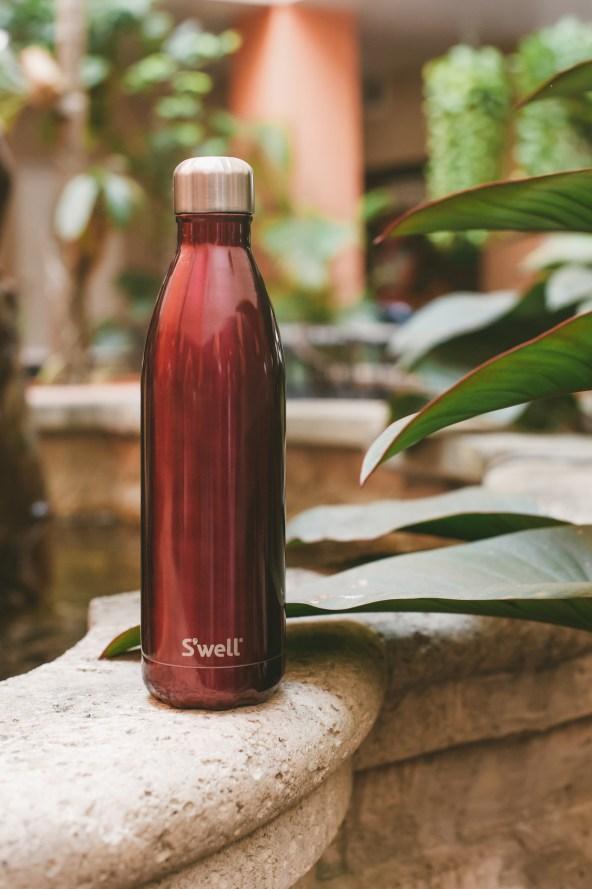 swell water bottle