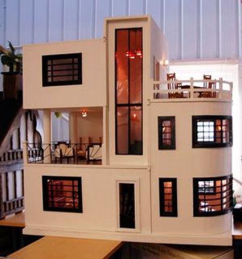 Art Deco Dollhouses!