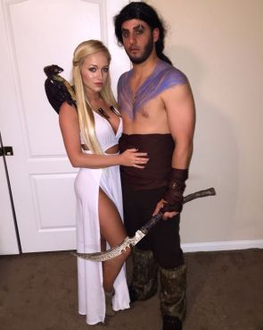 The perfect daenerys targaryen costume for halloween society19 to some killer mother of dragons solo looks these diyers did a great job pulling their daenerys targaryen costume off brace yourself for the cuteness solutioingenieria Choice Image