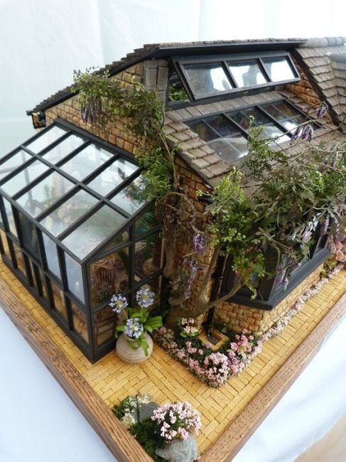 Greenhouse Dollhouses!