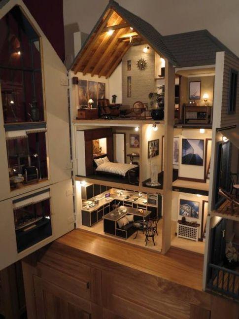 Modern Dollhouses!