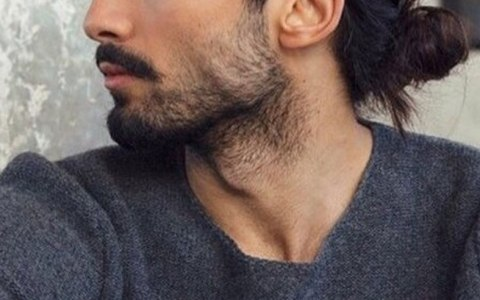 With facial hair comes a little extra upkeep. What does beard oil do, you ask? Keep reading to learn what it does and why you should be using it.