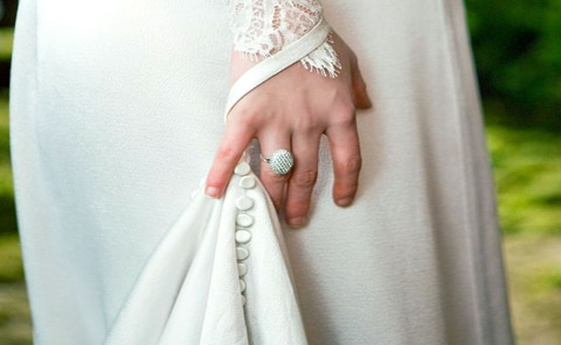 The Twilight Bella ring has some seriously cute knock-offs that you could buy for an insanely affordable price. Check out the Bella engagement ring knockoff