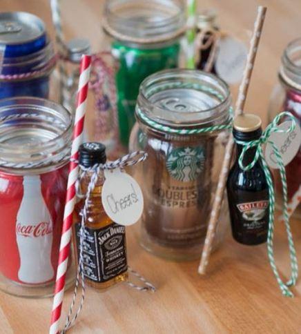 Affordablle and Cute Christmas mason jar gift ideas!
