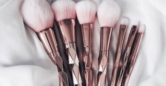 If you aren't sure which set to get your hands on yet, check out these 15 cute makeup brushes that you will definitely want in your bag.