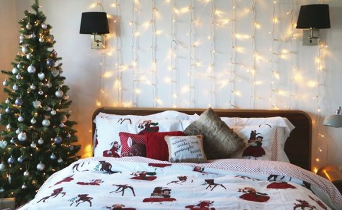 7 DIY Holiday Room Decor Ideas For Your Dorm's Door ...