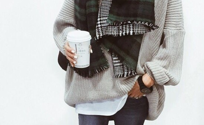 Here are some warm but cute outfits to keep you stylish even during the winter! Not only will you look good, but these outfit ideas will keep you warm too!