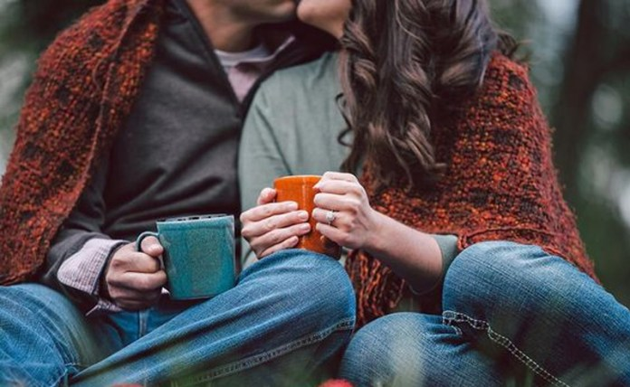 15 Christmas Gift Ideas For Newlyweds - Society19