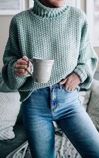 This is one of the cutest turtleneck outfits for winter!