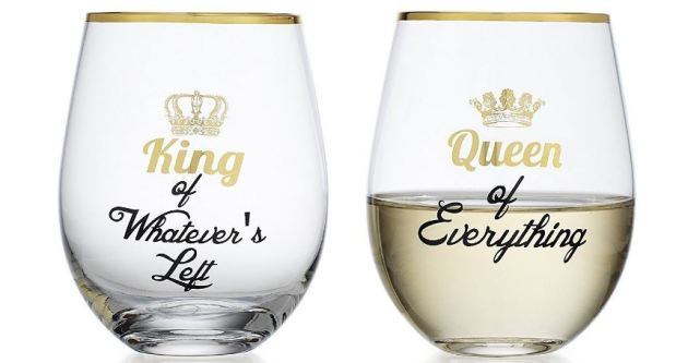 Wine glasses are great christmas gift ideas for couples!