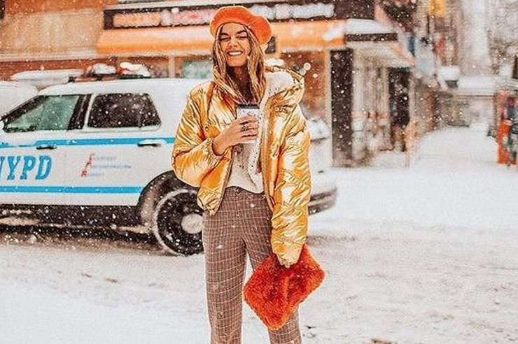 Cute and warm winter outfits are a must for many people, but especially for those that live in cities like New York. Fashion is everywhere in the big apple, which is why that winter jacket of yours can't just be for comfort, but for style as well.