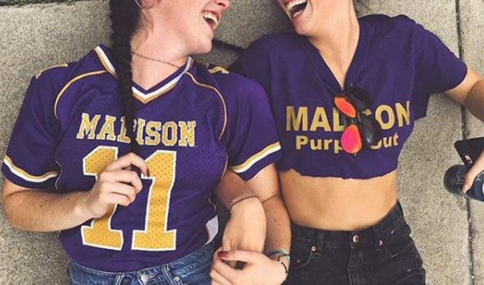 Here's some of the best tips for freshman at James Madison University in Virginia. As a freshman, none of us had any idea what we were doing - but this advice will help!