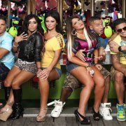 Jersey Shore is BACK! The Jersey Shore reunion premiere date is set for April 5th, 2018 on MTV. We cannot wait to see the housemates get up to their normal shenanigans nearly 9 years after it first aired.