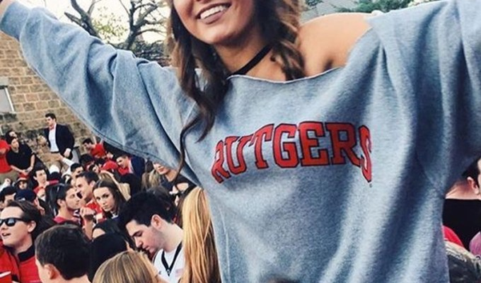 If you're thinking about going to school at Rutgers University, then these are the reasons why I chose to spend my four years there, and absolutely loved it.