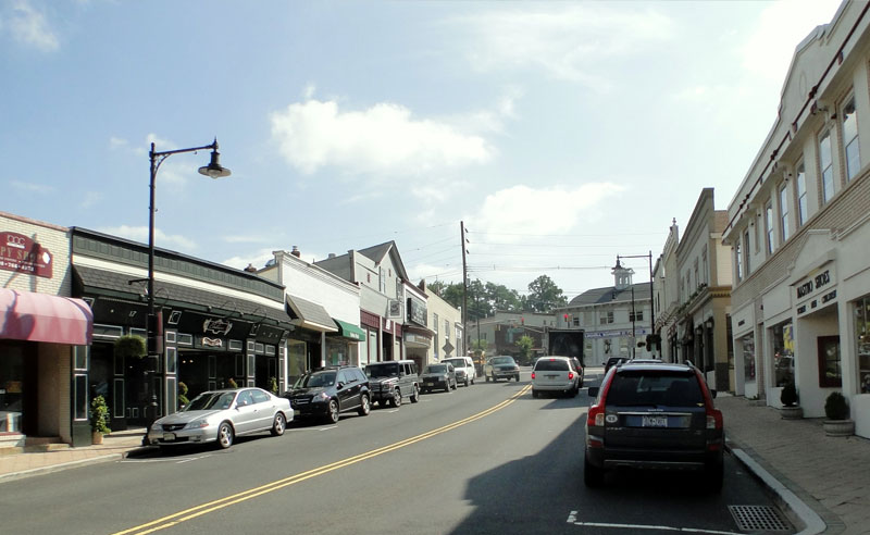 A far cry from Newark's urban terrain, Bernardsville is surrounded by rolling green mountains and self-charm that most would argue was lost long ago. Here are things you'll only understand if your grew up in Bernardsville!