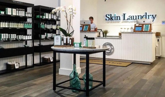 Facials can be expensive and time consuming. If you're looking for a cheap alternative, Skin Laundry offers 15 minute laser facials that are effective and won't break the bank. I tried their 15 minute laser facial at $65 and here's what I thought.