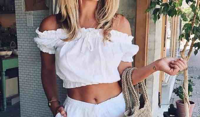 Try out one of these cute two piece outfits for summer, they're cheap, stylish, and you can literally wear them everywhere! Everyone loves a good crop top set to beat the heat, and these two piece dresses, skirts, and jumpsuits have versatility for any event!