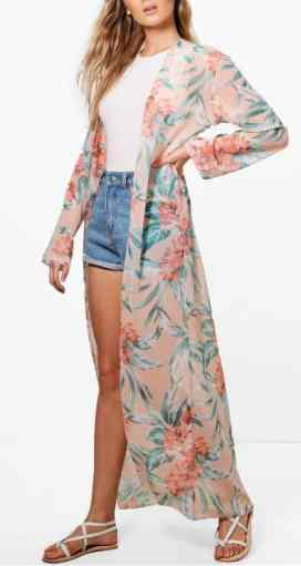 Check out these amazing ways to wear boho kimonos!