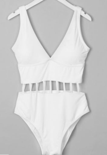 10 Websites With Cute One Piece Swimsuits For Women