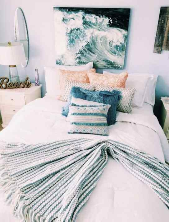 Teen Ocean Themed Bedroom: The Beach Themed Dorm Room Ideas That Give Major Cali Vibes