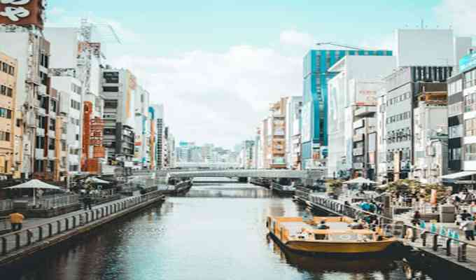 These are the best cities in Asia to visit if you are looking for places to travel! These cities are not only beautiful during the day, but have some of the best night life in Asia as well!