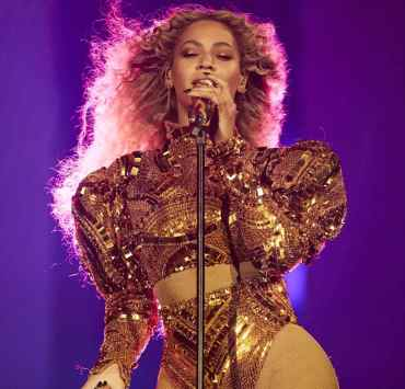 Over the years Beyoncé has provided us with some of the most insane concert outfits during her performances. Here are some of the most jaw-dropping Beyoncé Performance outfits and looks we've ever seen!