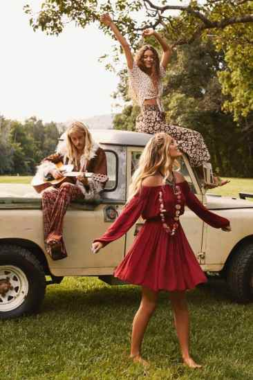 Here are 15 hippie outfits you NEED to copy!