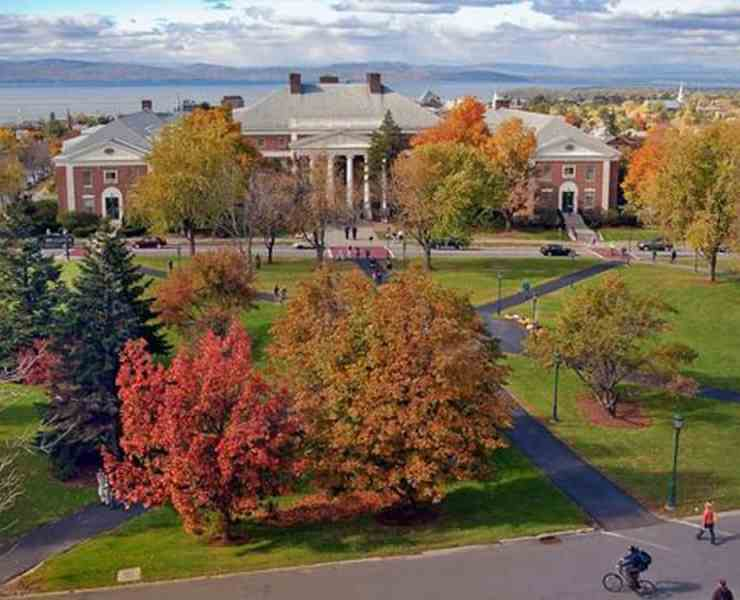 Want to know which are the easiest classes at UVM? You can find all the easiest classes at UVM in this article. Here are the top 10 easiest classes at UVM!
