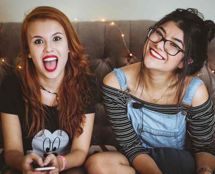 Living with someone, especially for the first time, can be tough. If you're struggling, here are a few tips for how to deal with a bad roommate and survive.