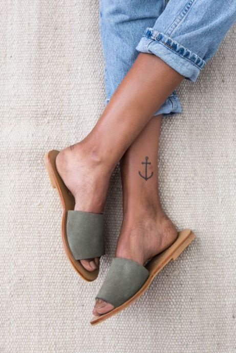 Check out these trendy shoe styles for summer 2018!