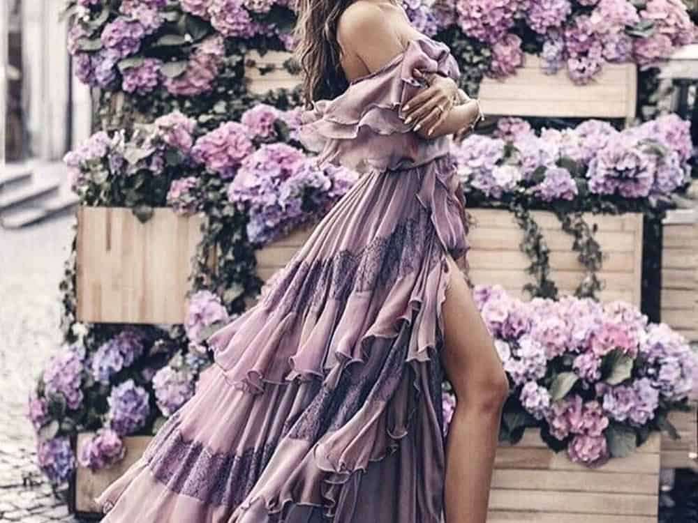 These summer wedding outfits will give you ideas and tips on how to be the best dressed wedding guest of the season. Whether you prefer neutral tones or pops of color, long or short silhouettes, we have you covered!