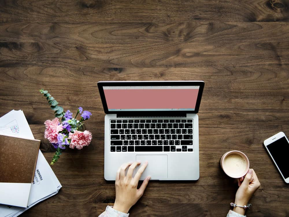 Finding an internship can be challenging, stressful and seemingly impossible. It can also be absolutely necessary. To save you some stress and give you a boost, we've made a list of tips for how to get an internship for the summer or the school year.