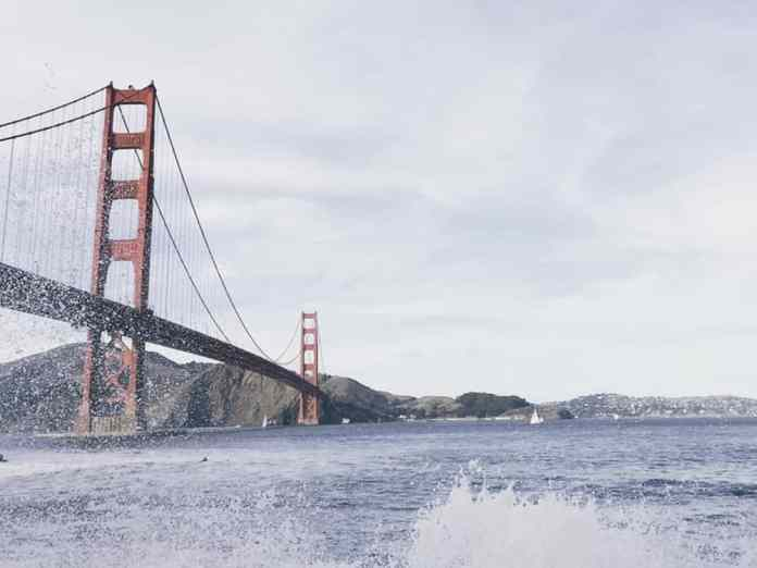 Check out these must-see attractions and activities while visiting the bay area in California! San Francisco has so much to offer to travelers!