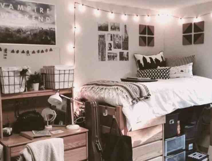 Here are 10 dorm room essentials that won't break your bank! Dorm room shopping can seem like many large expenses, but it doesn't have to be!