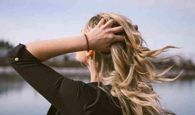 These are the reasons why you should include clarifying shampoo into your hair care routine so you can get the best results possible.