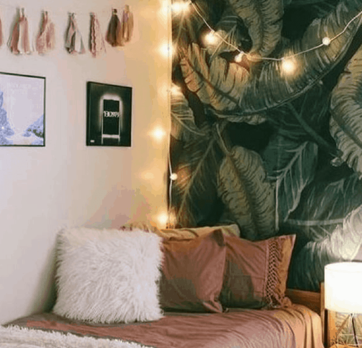 Looking to organize and free up space in your dorm room for maximum comfort? Here are five dorm room hacks for you to try!