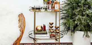 Looking for bar cart decor ideas to perfect your cart? Check out our tips to decorate your cart. Make your cart a reflection of your home decor!