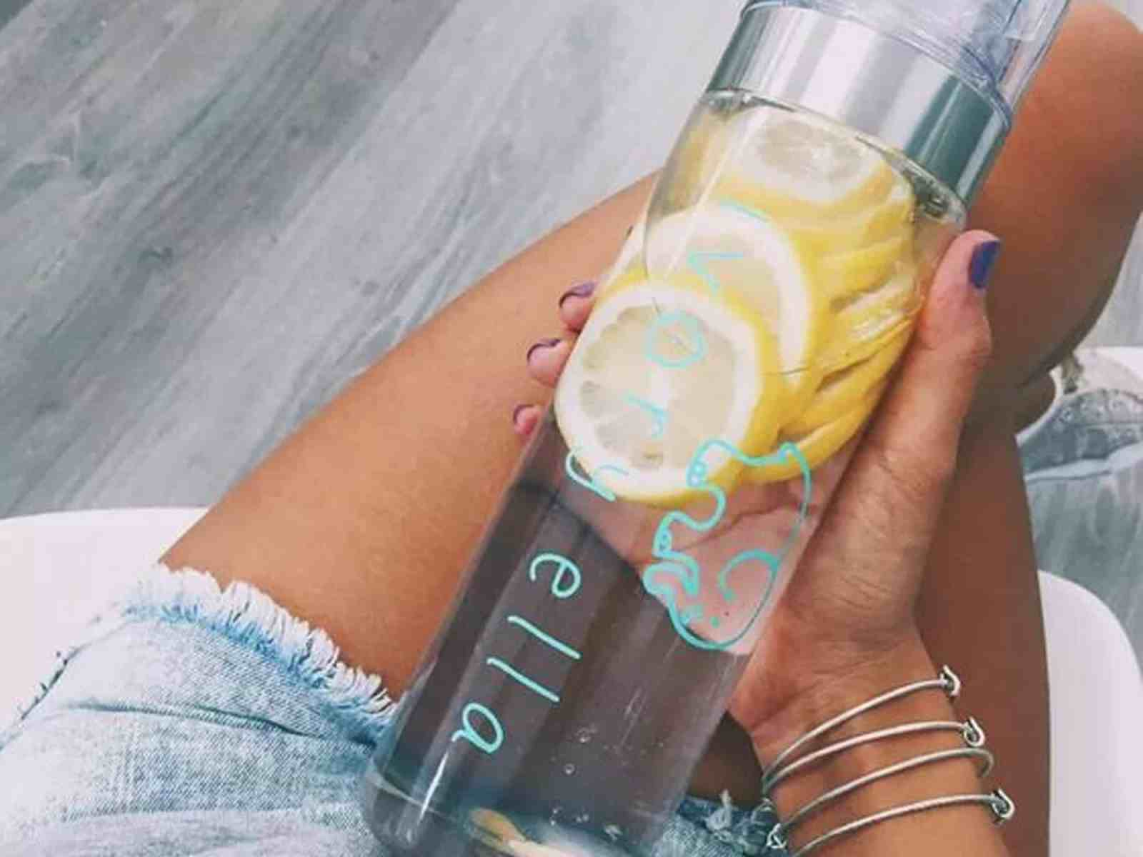 I Tried A Lemon Water Detox For Two Weeks And This Is What Happened