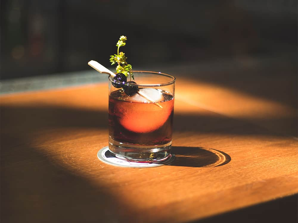 The center of the city can feel far away, so just stay where you are! Here are some great places for happy hour in Quincy when you're dying for drinks.