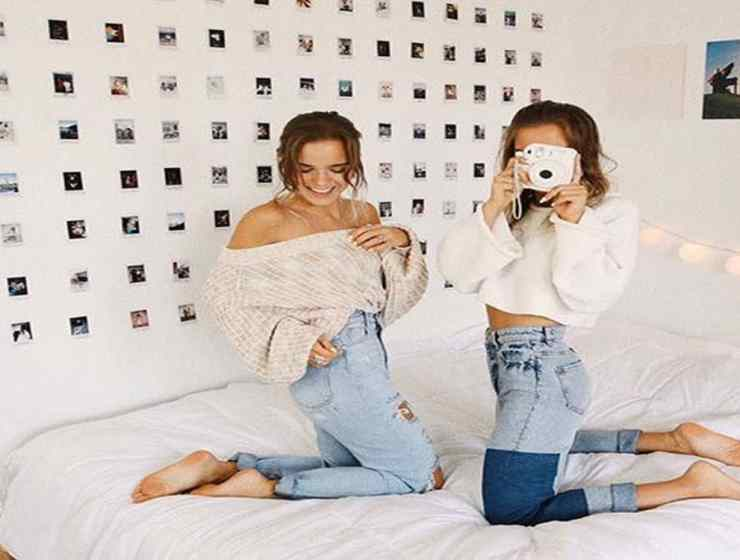 If you're getting ready to head off to school and are worried about your future roommate, check out these ways to break the ice!