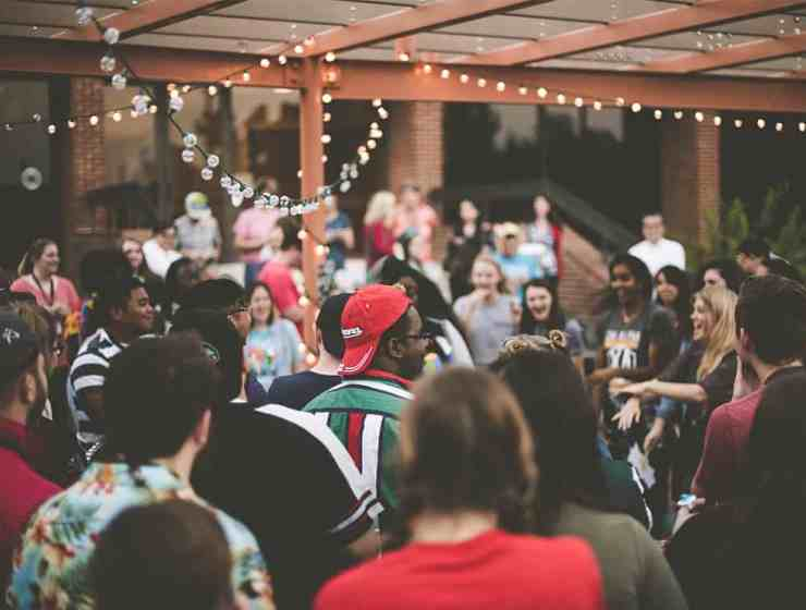 House parties have so much more fun potential than just any night out. Make your the hit of the summer with these tips for how to plan a house party!