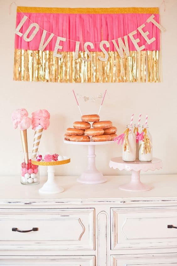 Check out these bachelorette party decorations!