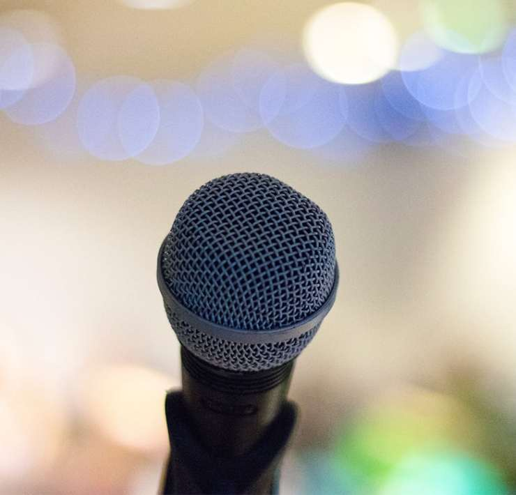 Almost everyone has to do a speech at some point, and we all get super nervous. Follow these public speaking tips for students to make yours go well.