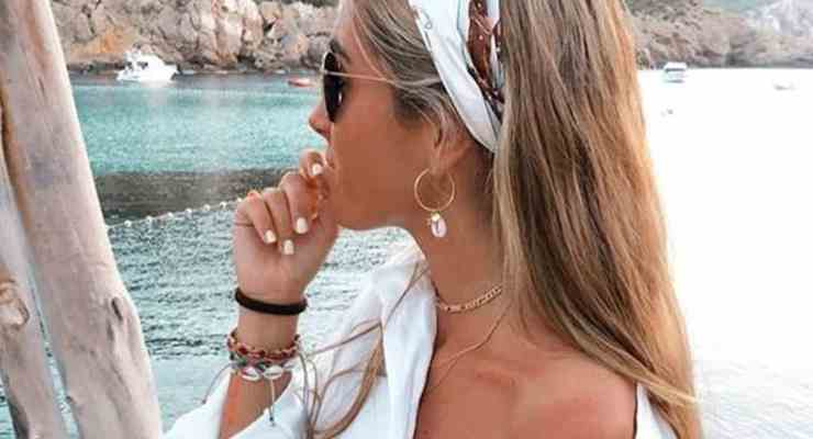 These are the hottest summer beauty trends of 2018! Whether it is bringing back old styles or inventing new ones, this is what is hot this summer!