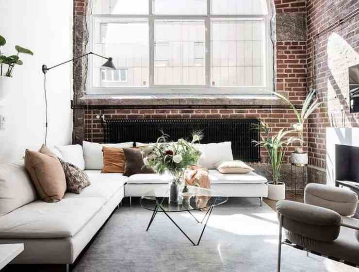 This is a list of all the main essential cleaning tools that you have to have in your apartment or dorm room. They will help keep things clean.