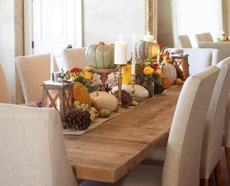 Take a peak at these DIY fall centerpieces to dress up your table decor for the new holiday season just around the corner!