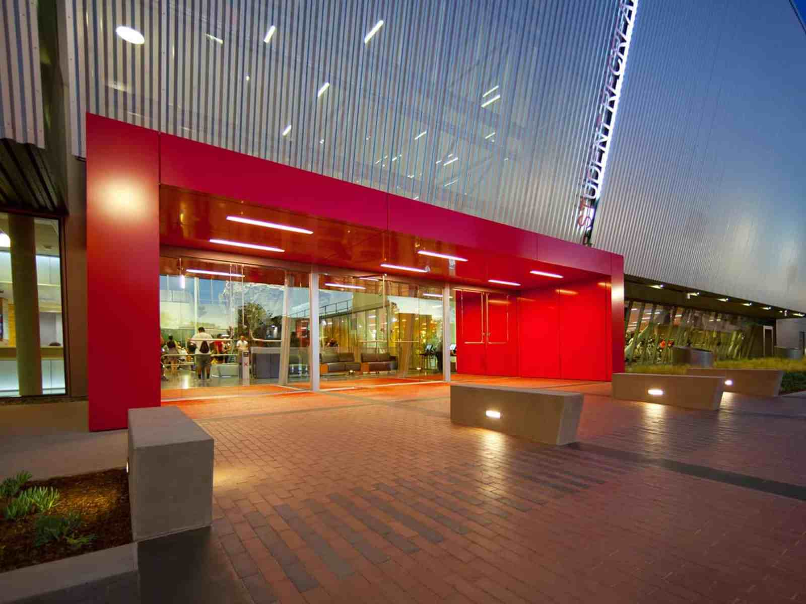 CSUN students have so many places to hangout, however, these are the best of the best on California State Universities campus.